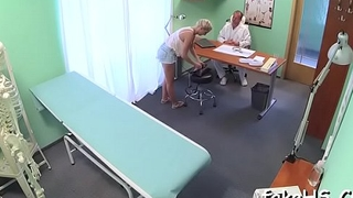 Doctor'_s juicy cunt is annihilated