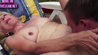 Pussy banged gilf shakes her big tits